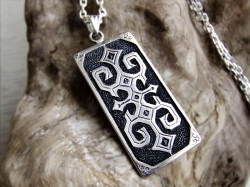 ainu rectangle pendant necklace