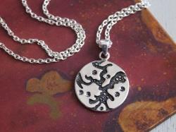 groovin' silver pendant