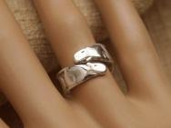 capybara silver freesize ring